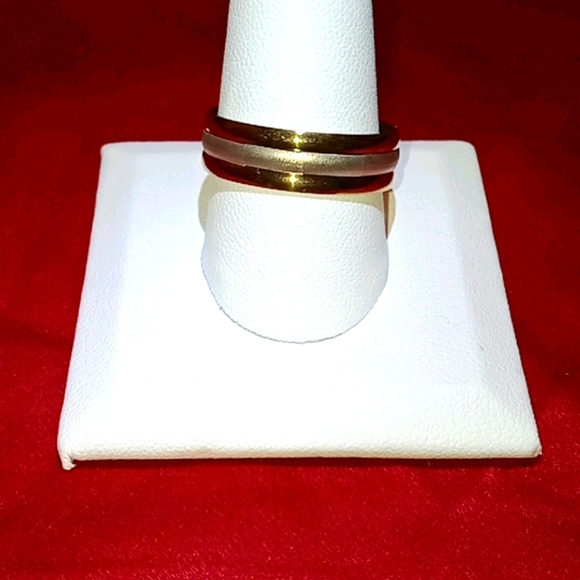 HP! NWT Gold Silver Stainless Steel 10.5 Ring!!